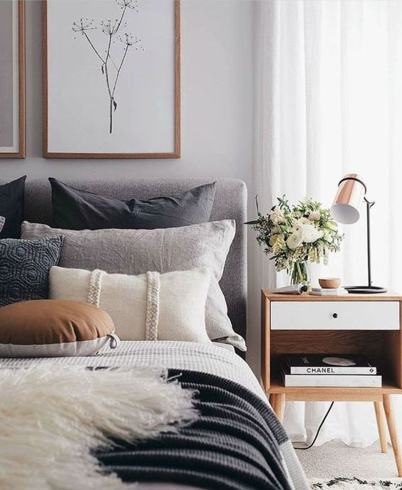 COMFORTABLE BEDROOM DECORATION SHOULD PAY ATTENTION TO THINGS